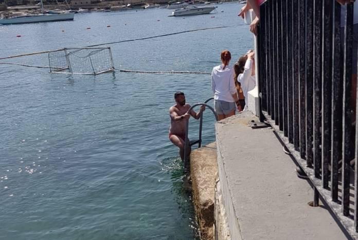 Watch: Neil Agius completes Sicily – Malta swim ahead of schedule